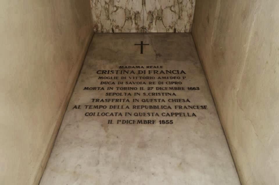 Tomba di Maria Cristina nella Chiesa di Santa Teresa