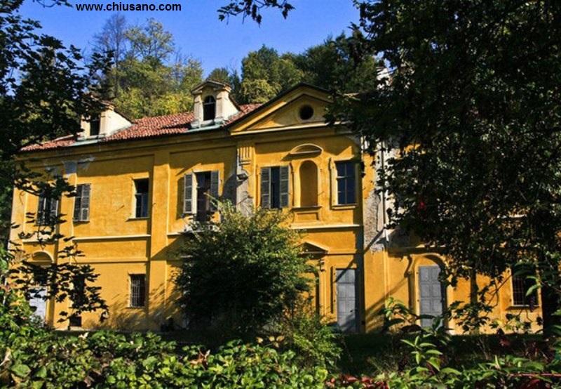 La morte di villa capriglio la civetta di torino for Piani di casa contemporanea in collina