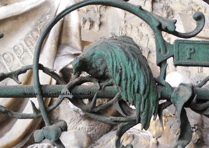 Uccello del Paradiso, particolare del Cimitero Monumentale di Torino