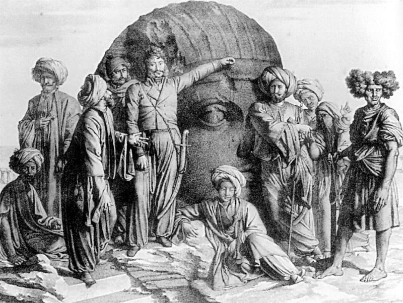 """Stampa tratta dal volume """"Voyage dans le Levant"""" di Louis De Forbin, stampato nel 1819 a Parigi. E' rappresentato al centro Bernardino Drovetti e il suo gruppo di scavo: l'ex-militare Antonio Lebolo, lo scultore Jean-Jacques Rifaud, il mineralogista Frédéric Caillaud, l'artista Louis De Forbin, Giuseppe Rosignani."""