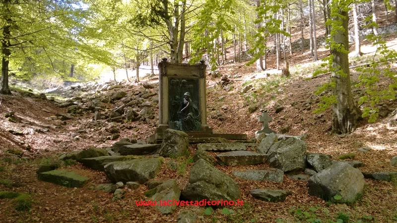 Cimitero-Santuario-Oropa-Biella (18)